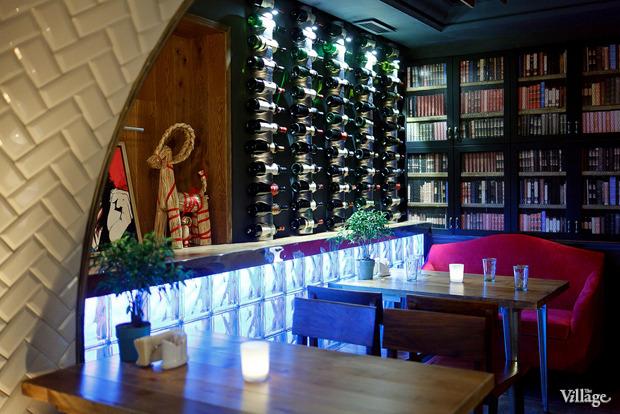 Новое место (Петербург): Ресторан-бар «Путанеска». Изображение № 11.