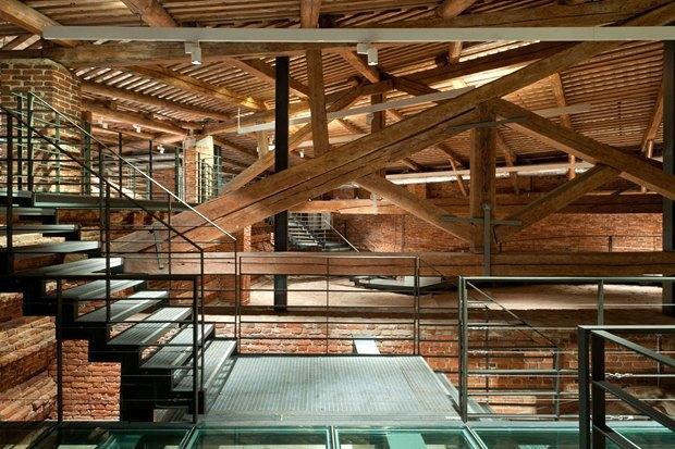 Строиться по одному: 12удачных примеров современной петербургской архитектуры. Изображение № 4.