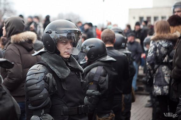 Фоторепортаж: Митинг против фальсификации выборов в Петербурге. Изображение № 15.