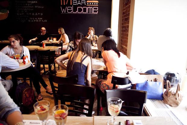Новое место: Бургер-бар «11/1». Изображение № 4.