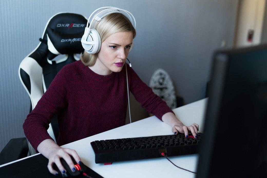 Стримеры— отом, как заработать на трансляциях компьютерных игр. Изображение № 4.