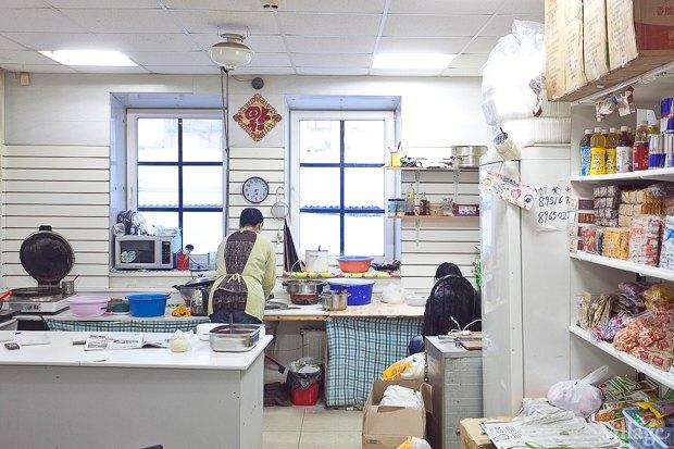 Все свои: Китайское кафе-склад в«Апрашке». Изображение № 15.