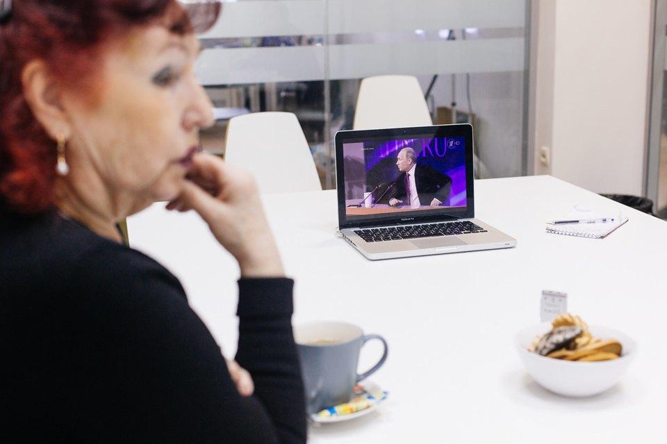 The Village смотрит пресс-конференцию Путина спростыми телезрителями. Изображение № 5.
