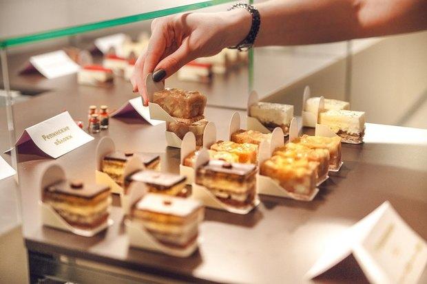 В Петербурге запустилась сеть магазинов мини-пирожных. Изображение № 4.