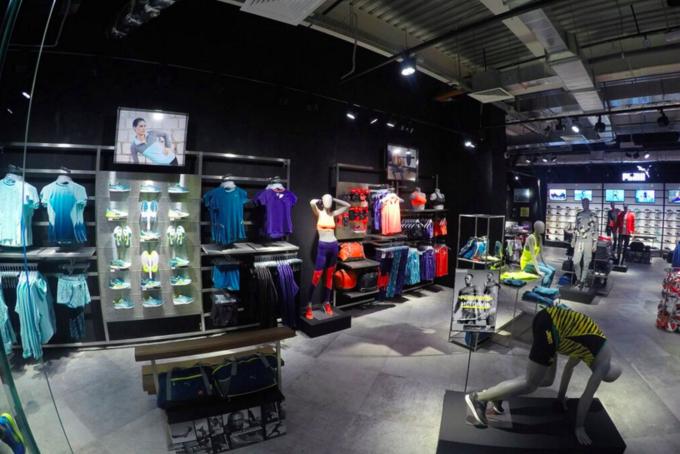 PUMA открыла магазин в новой концепции Forever Faster . Изображение № 2.