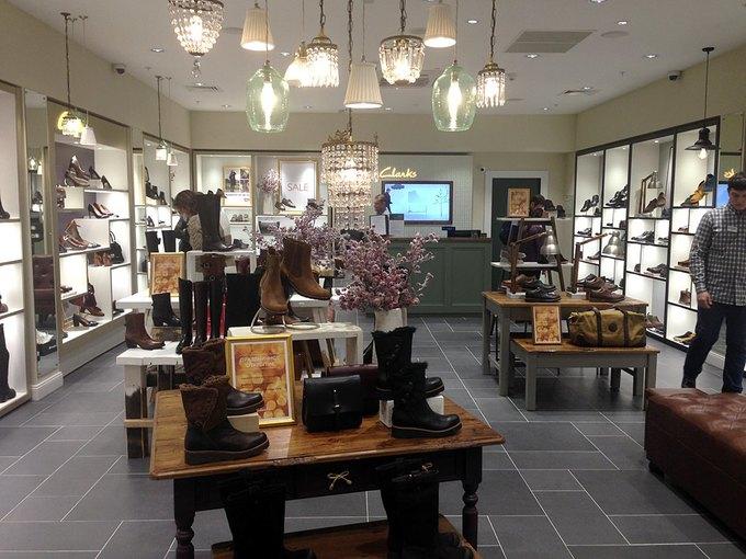В «Афимолл Сити» открылся магазин обуви Clarks. Изображение № 2.