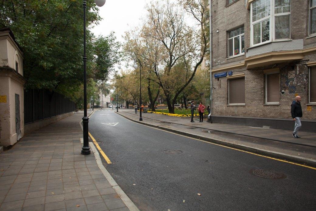 Берегись пешехода:  Большая Ордынка, Мясницкая иПатриаршие пруды после реконструкции. Изображение № 18.
