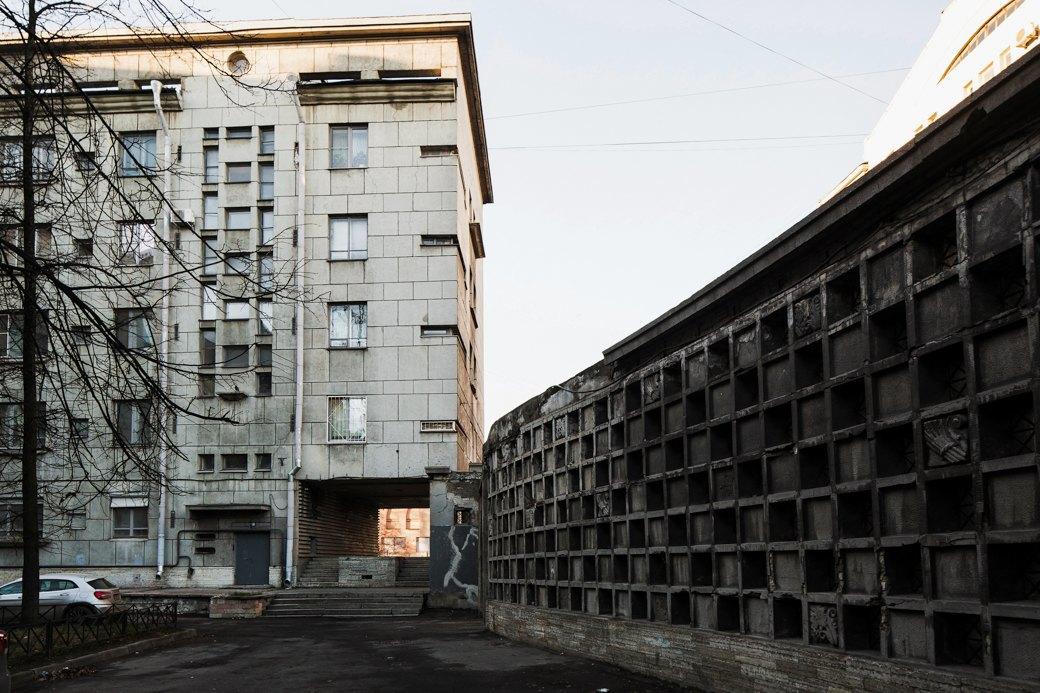 Яживу вдоме Ленсовета наКарповке (Петербург). Изображение № 24.