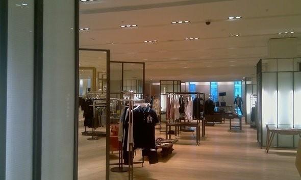 Изображение 8. На четвертом этаже в «Цветном» открылась зона с мужской одеждой.. Изображение № 5.