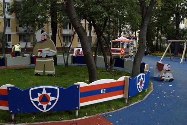 МЧС установило в городе 35 стилизованных детских площадок. Изображение № 3.