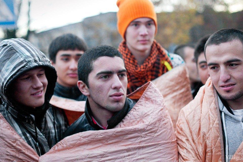 Люди в городе: Как отмечали Курбан-байрам в Москве и Петербурге. Изображение № 26.
