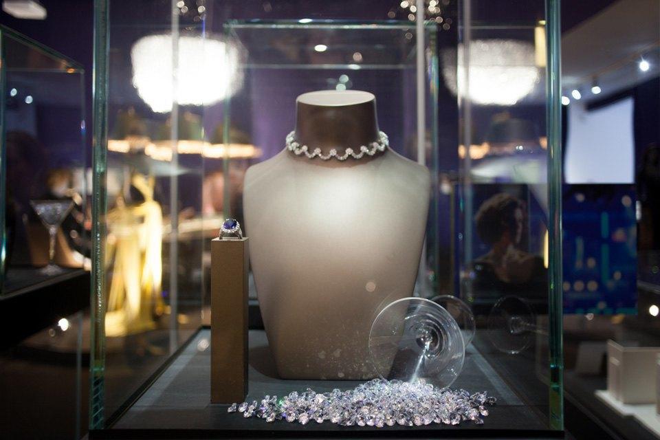 Что посмотреть навыставке «Дизайн007: 50лет стилю ДжеймсаБонда». Изображение № 3.