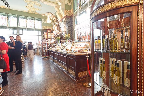 Фоторепортаж: Открытие отреставрированного «Елисеевского магазина». Изображение № 10.