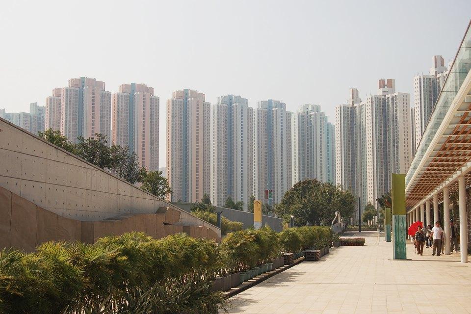 Жилой массив: Каквыглядит массовая застройка вПариже, Гонконге идругих городах. Изображение № 19.