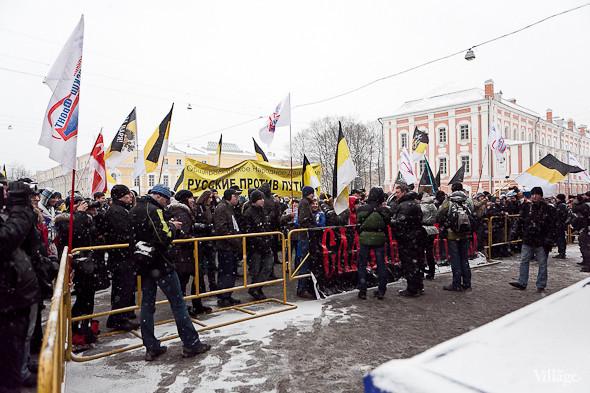 Два санкционированных митинга в Петербурге собрали 2 500 человек. Изображение № 37.