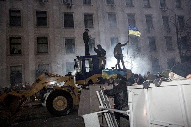 Курс — евро: Как уличные протесты изменили Киев. Изображение № 3.