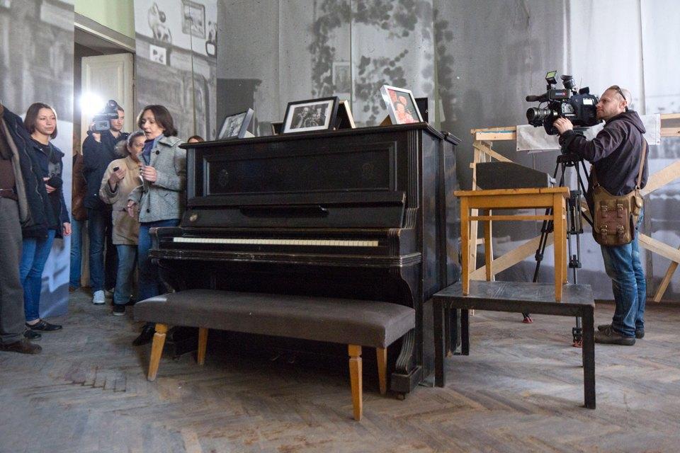 Музей Бродского «Полторы комнаты» накануне открытия. Изображение № 15.
