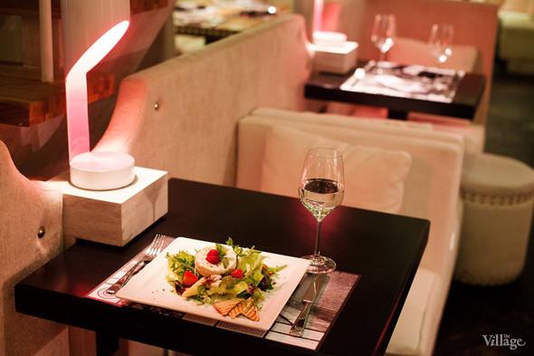 Салат со взбитым козьим сыром — 490 рублей. Изображение № 36.
