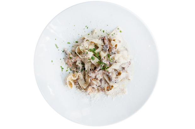 Сезонное меню: Блюда с лисичками в ресторанах Петербурга. Изображение № 25.