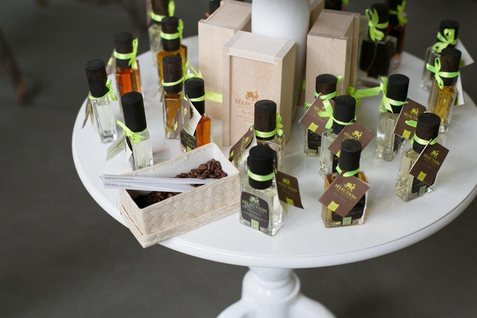 Как создать собственную марку селективной парфюмерии. Изображение № 3.