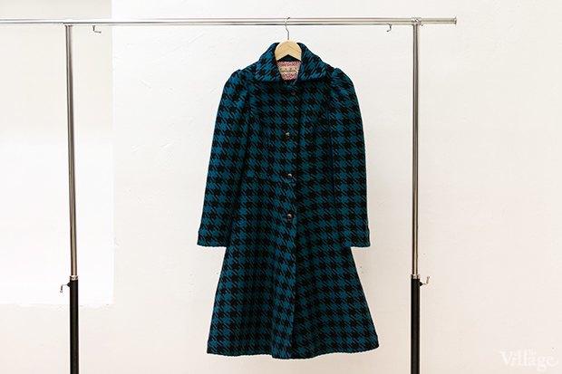 Пальто «Ночь» в гусиную лапку — 14990 рублей. Изображение № 14.