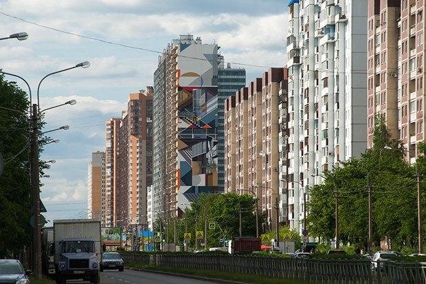 Художники расписали стену 24-этажного дома вПриморском районе. Изображение № 3.
