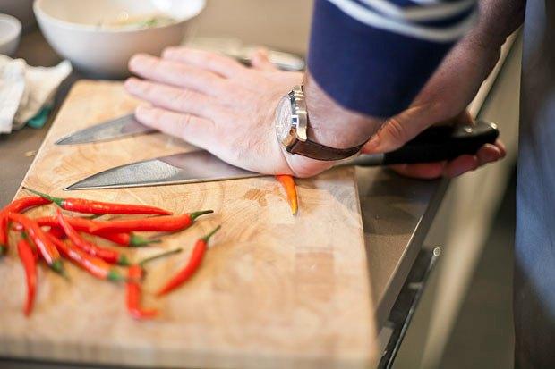 Шеф дома: Том ям и сашими из тунца Геннадия Иозефавичуса. Изображение № 23.