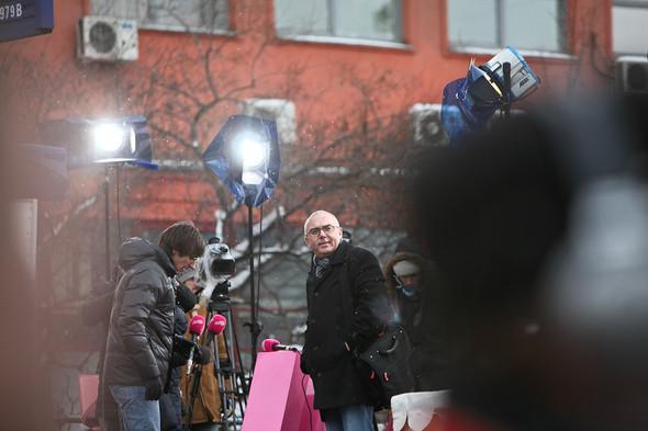 Митинг «За честные выборы» на проспекте Сахарова: Фоторепортаж, пожелания москвичей и соцопрос. Изображение № 33.