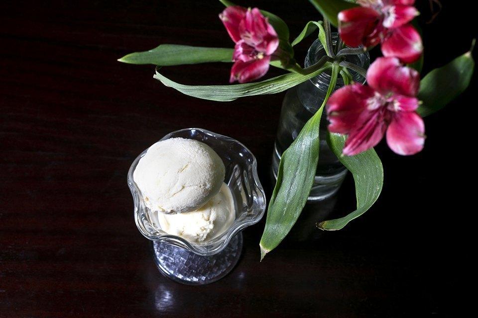 Мороженое: 32вида снеобычными вкусами. Изображение № 40.