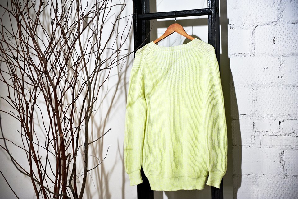 Вещи недели: 13 ярких свитеров. Изображение № 7.