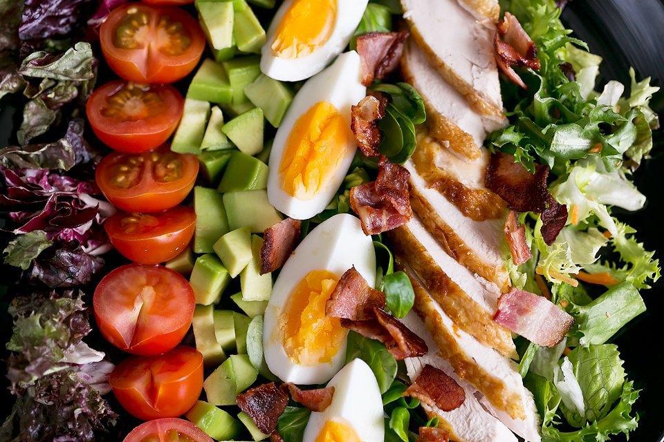 5 других салатов для новогоднего стола. Изображение № 3.