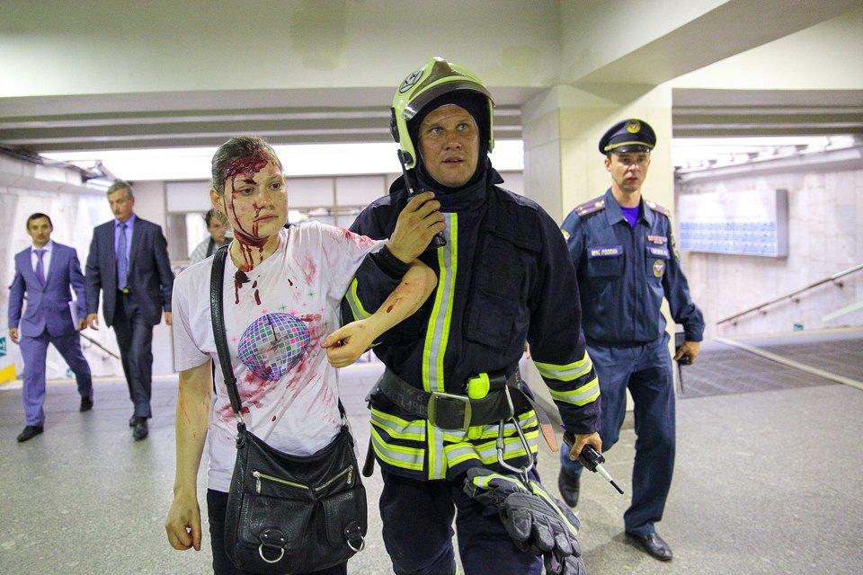 Учения в петербургском метро по сценарию московской катастрофы. Изображение № 25.