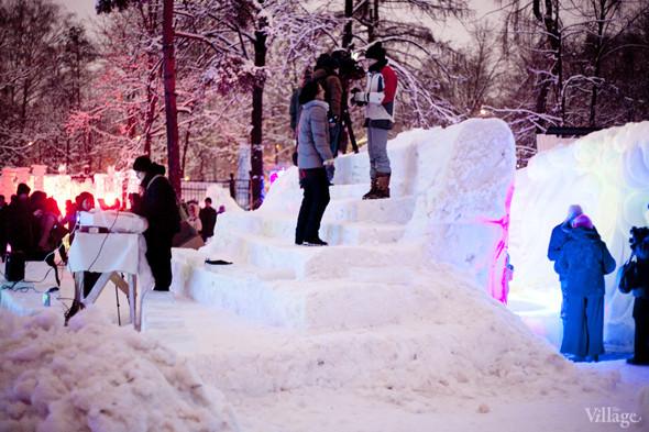 Зрительный зал снежного кинотеатра. Изображение № 16.