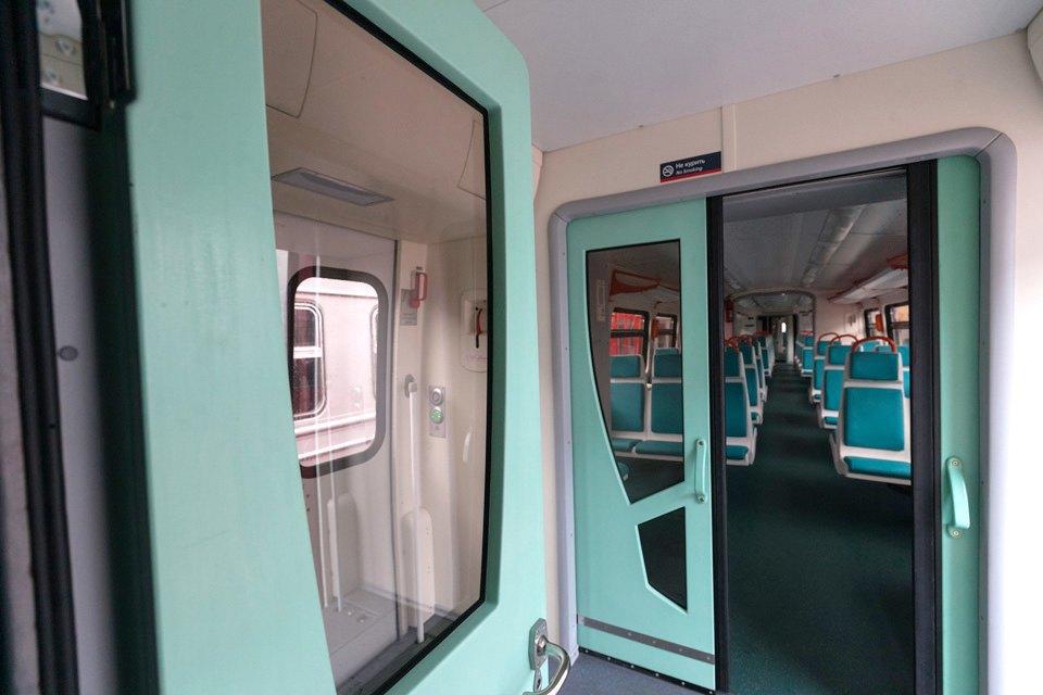 Рельсовый автобус Петербург — Приморск — Выборг. Изображение № 5.