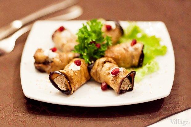 Баклажаны, фаршированные грецким орехом — 255 рублей. Изображение № 5.