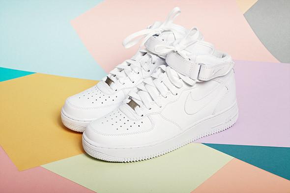 Вещи недели: 8 пар белых кроссовок. Изображение № 5.