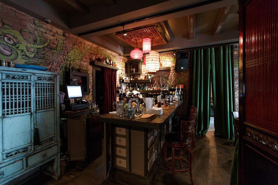 Главный редактор Harper's Bazaar Дарья Веледеева о кафе Bruce Lee . Изображение № 7.