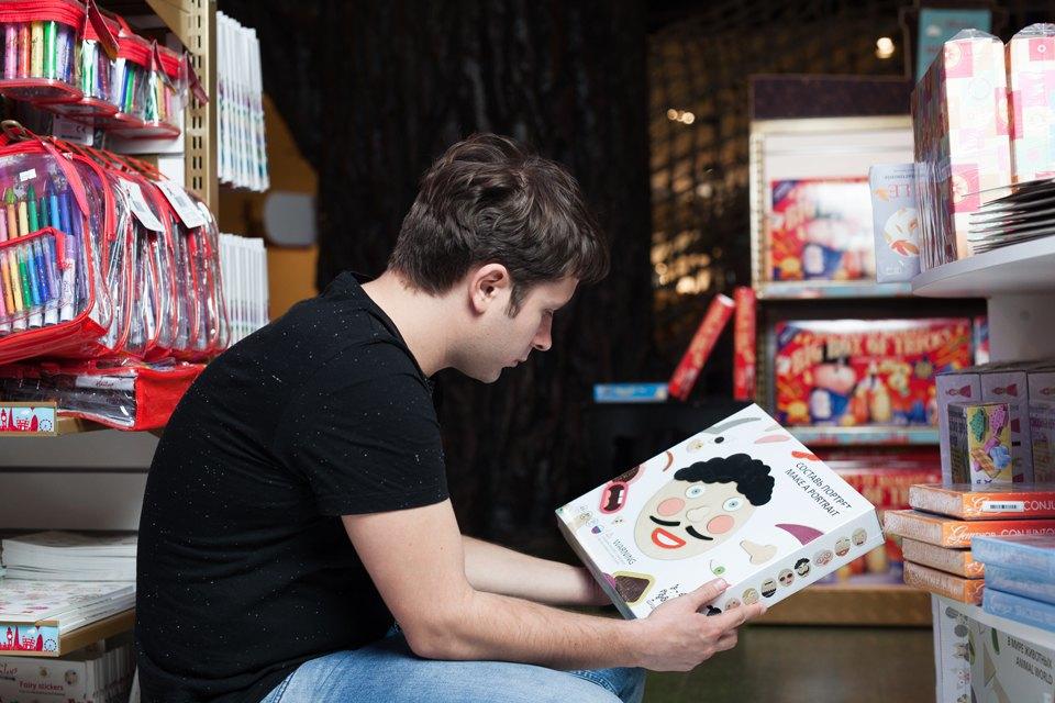 Эксперимент: Что купят на 5000 рублей дети и взрослые в самом большом детском магазине. Изображение № 38.