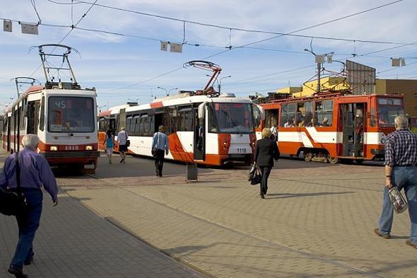 Трамвайный парк должен обновиться к концу 2012 года. В нем появятся новые бесшумные трамваи. Изображение № 7.