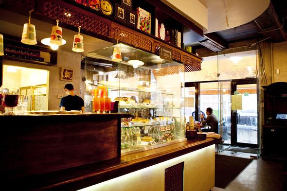 После прочтения съесть: 5 кафе при магазинах. Изображение № 49.