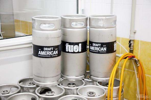 Репортаж: Как варят пиво в частной московской пивоварне. Изображение № 37.