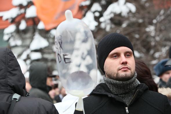 Митинг «За честные выборы» на проспекте Сахарова: Фоторепортаж, пожелания москвичей и соцопрос. Изображение № 45.