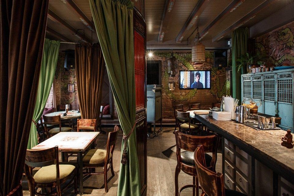 Главный редактор Harper's Bazaar Дарья Веледеева о кафе Bruce Lee . Изображение № 3.