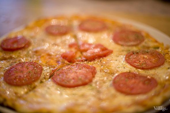 «Мексиканская острая пицца», приготовленная без мяса —в любую пиццу в Barmalini можно добавить какие-то ингредиенты по вкусу или, наоборот, убрать