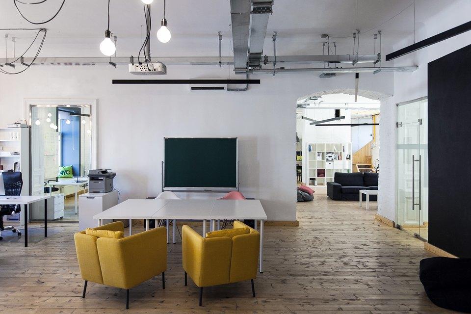 Офис IT-компании в бывшей коммуналке. Изображение № 6.