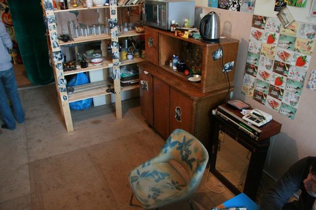 Хостел «Дом Off» закрывается и распродаёт мебель. Изображение № 5.