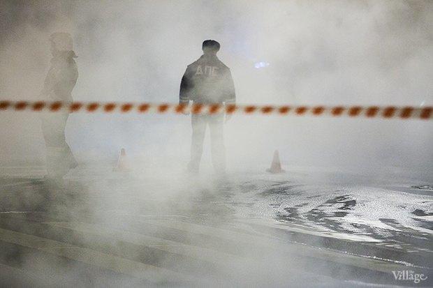 Большой проспект Васильевского острова перекрыт из-за прорыва трубы . Изображение № 3.