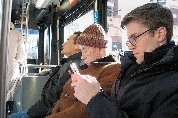 Итоги недели: Wi-Fi в автобусах, кинотеатр под открытым небом и кредитоматы. Изображение № 6.