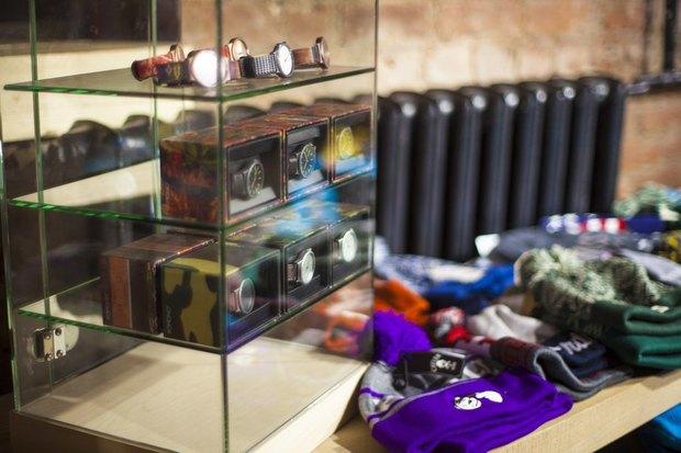 На Большой Конюшенной открылся московский магазин уличной одежды 21shop. Изображение № 5.