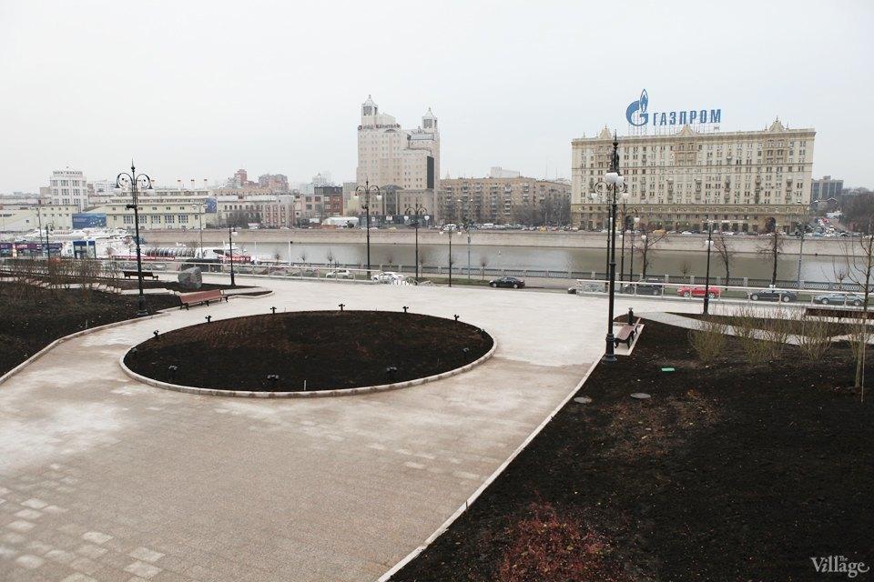 Фоторепортаж: Сквер угостиницы «Украина». Изображение № 5.